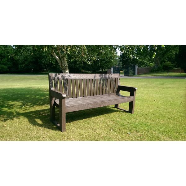 Square classic bench2