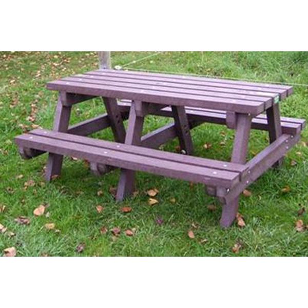 Square heavy duty picnic table