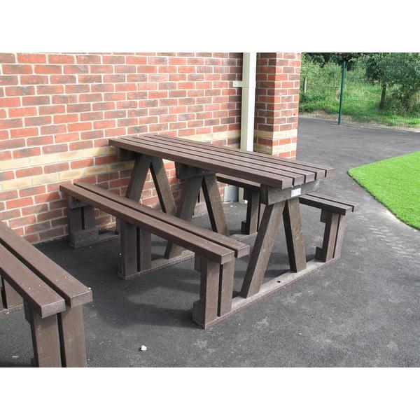 Square walk through picnic table