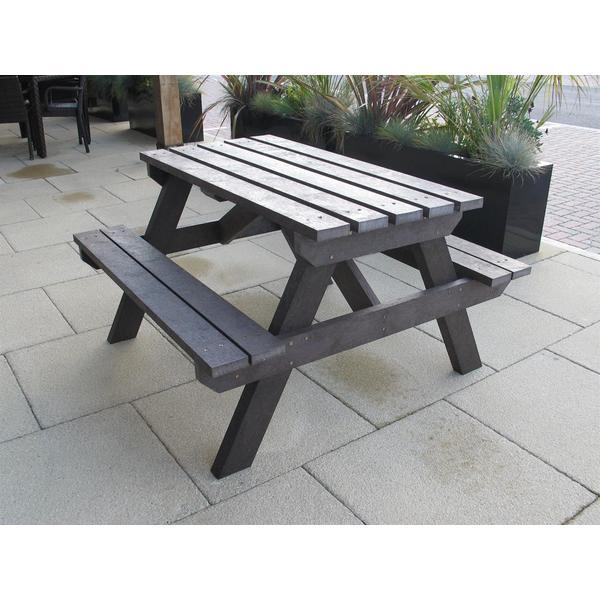 Square garden picnic table