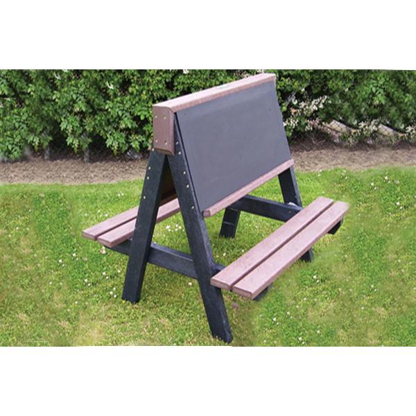 Square pester art bench